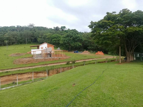 grama verdinha, natureza areá de lazer chalés - cristopher
