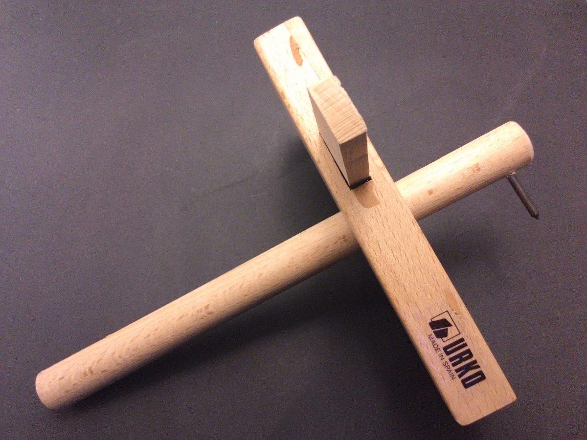 Gramil carpintero madera de haya carpinteria for Carpintero de madera