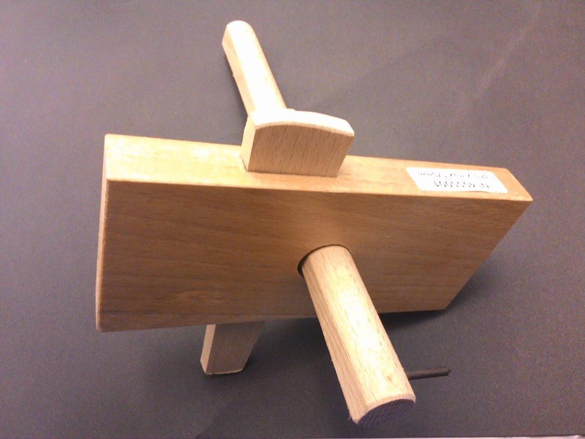 Carpintero de madera affordable kiwarm flor diseo for Carpintero de madera