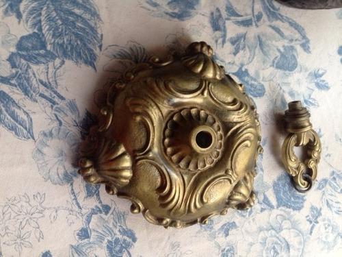 gran baldaquino ,bronce muy antiguo,con piezas adicionales