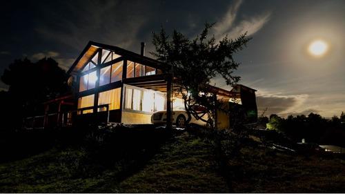 gran cabaña en villa yacanto con vista a montañas y pileta