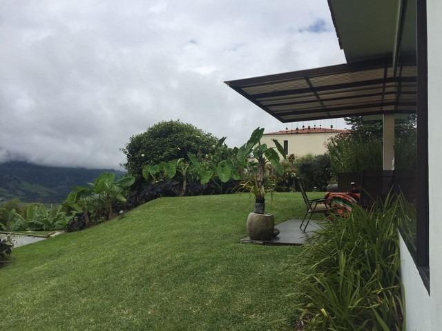 gran casa cerros de la alhambra manizales