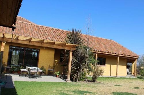 gran casa chilena en condominio