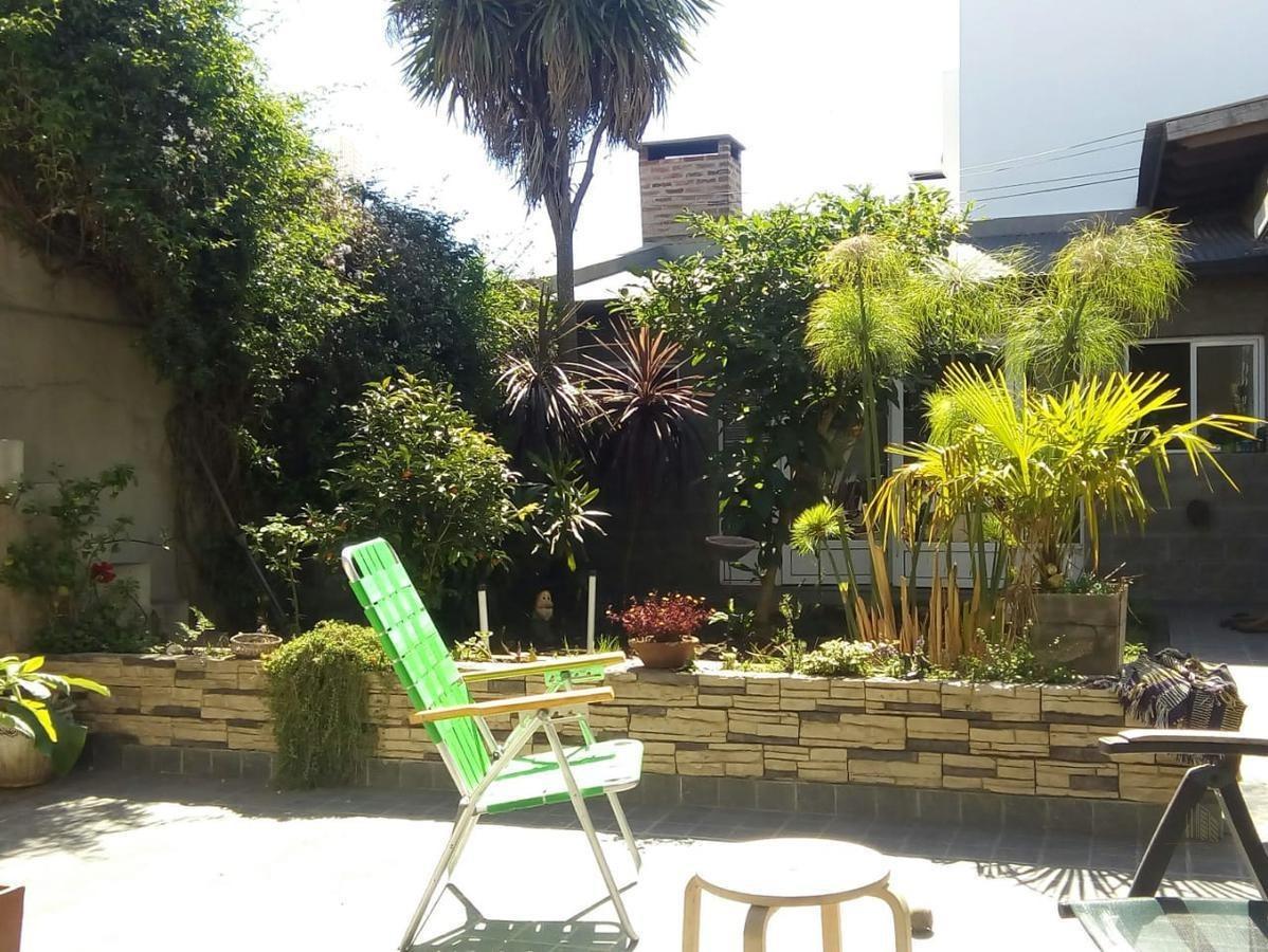 gran casa de categoría con jardín, quincho y cochera  - junin