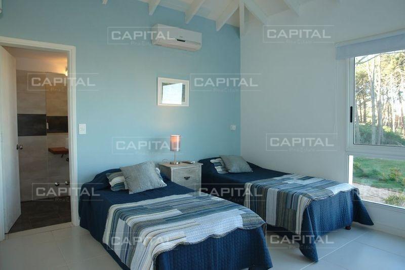 gran casa en montoya 6 dormitorios-ref:25355