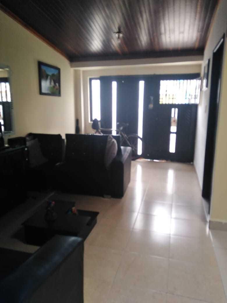 gran casa en venta en buena zona con acabados