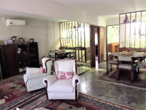 gran casa ideal dos familias o para subdividir sobre malaver