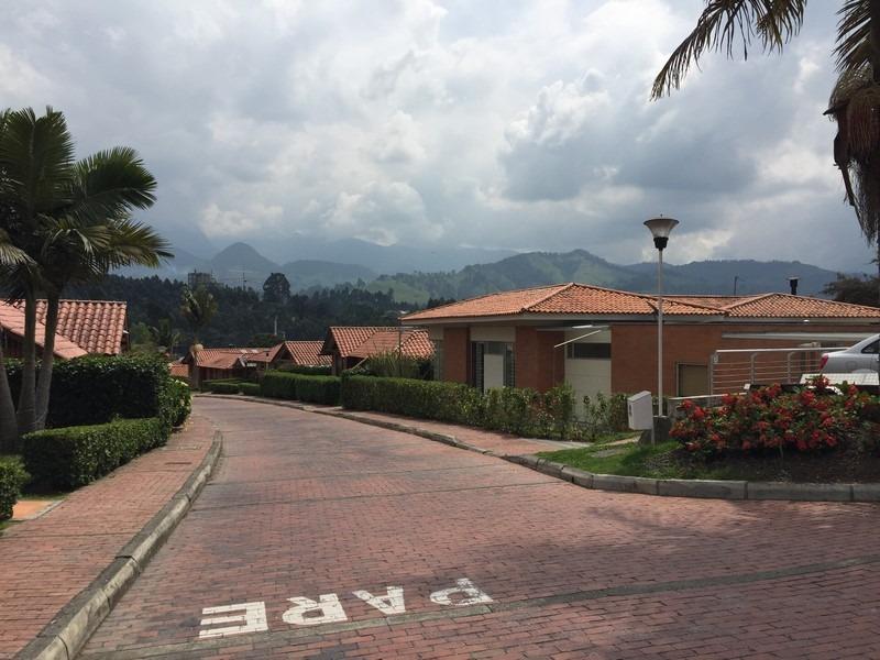 gran casa valles de la alambra manizales