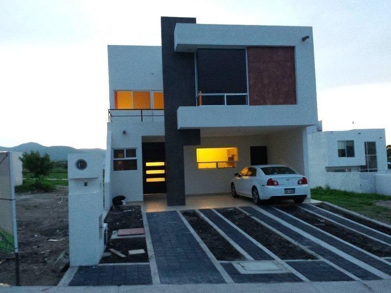gran diseño! t.189m2, jardín, 3 recs, 2.5 baños, cochera 3 autos, cocina equipad