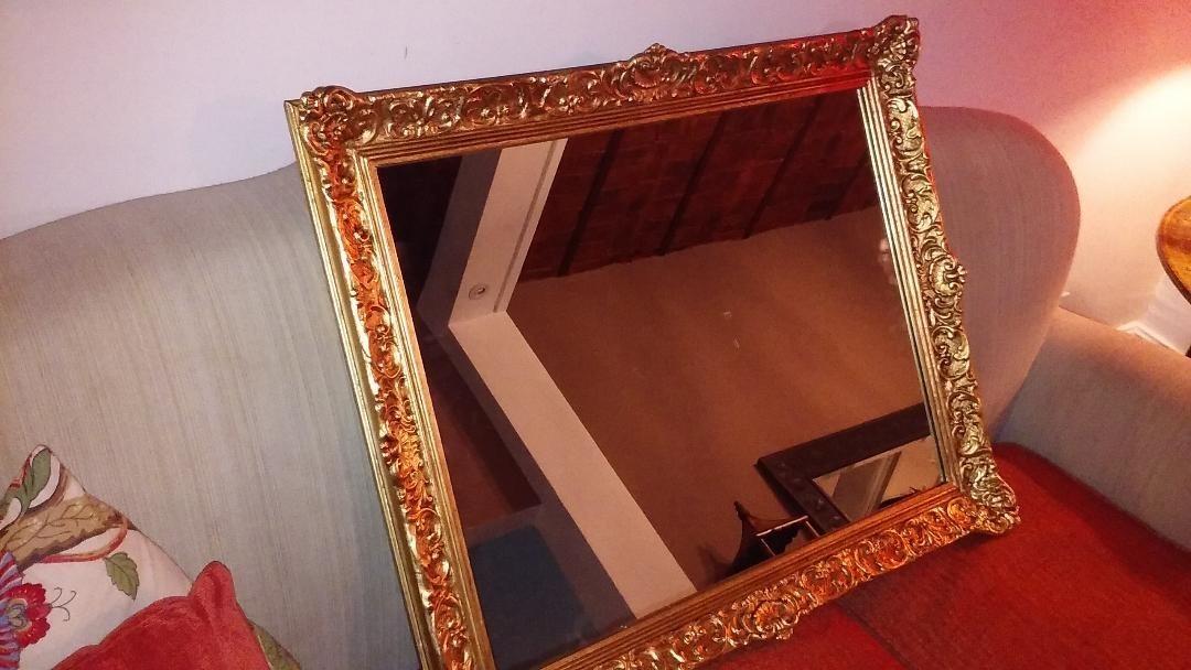 Moderno Gran Espejo Con Marco Dorado Cresta - Ideas de Arte ...