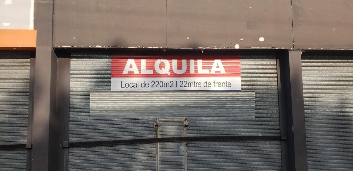 gran local comercia 220 metros cuadrados  barrio jardín sobre berardinelli
