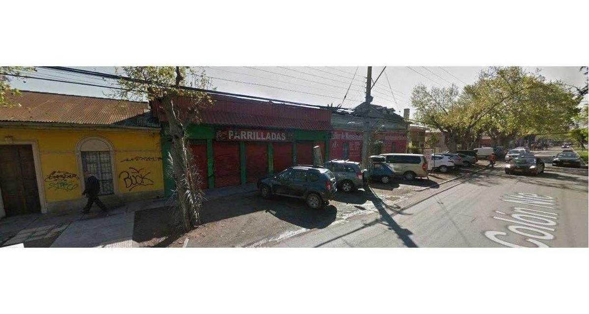 gran local comercial en av colon con salida a 2 calles.