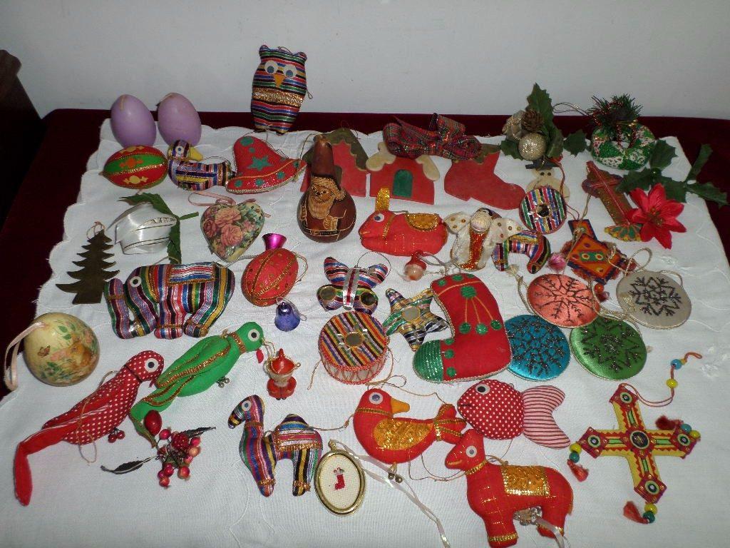 Adornos navideos de tela finest les tomtes u sakarton - Adornos navidenos artesanales ...