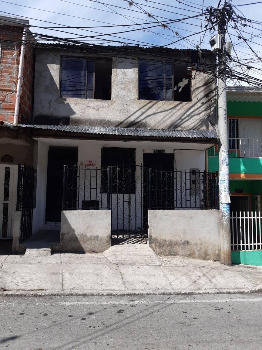 gran oportunidad  se vende casa de 2 pisos