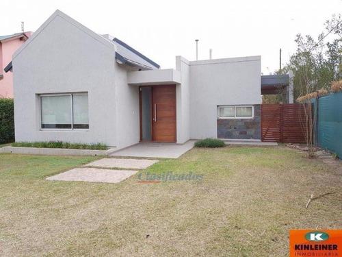 gran propiedad situada en el exclusivo barrio san alfonso ii