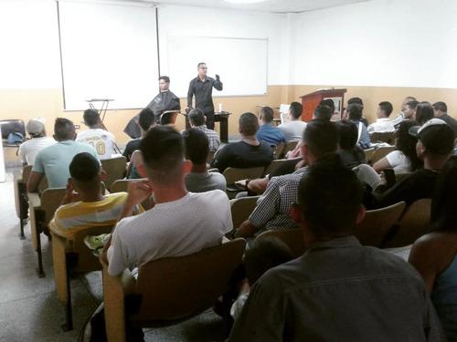 gran seminario de barberia figuras y tribales