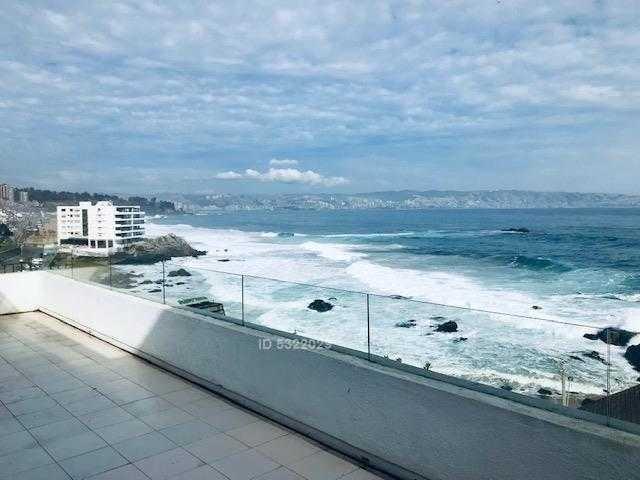 gran vista frente al mar