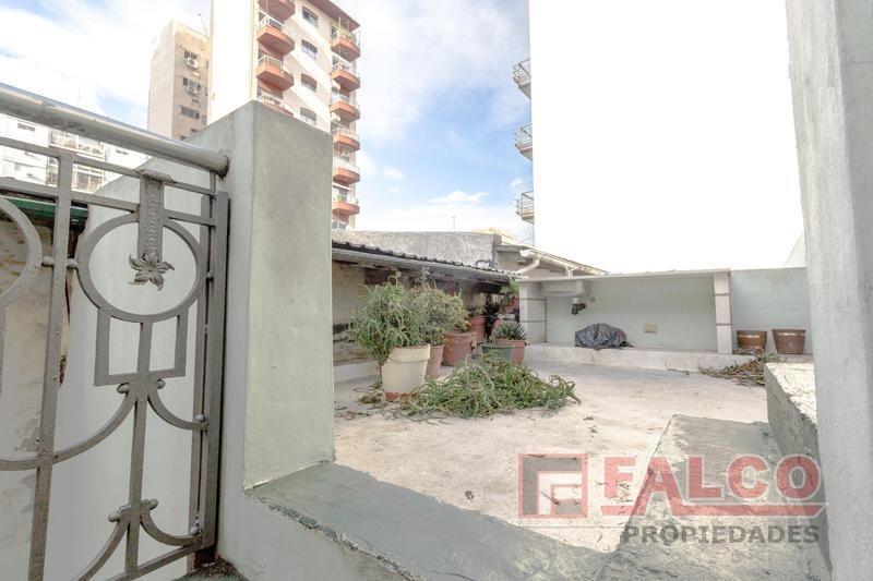 granaderos 800 - ph 4 amb - terraza propia - sin expensas
