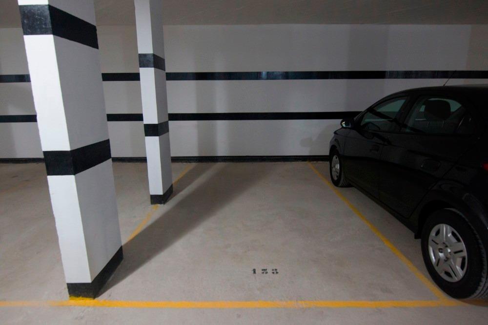 grand boulevard dos dormitorios con garage