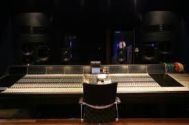 gravação a jato com voz e trilha sonora