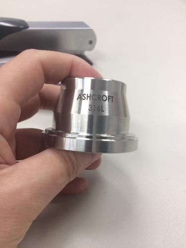 gravação / corte a laser sobre metais