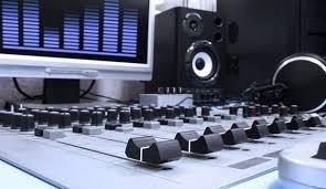 gravação de spot comercial  preparado para veicular