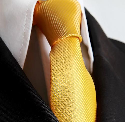 gravata amarela trabalhada para pastor