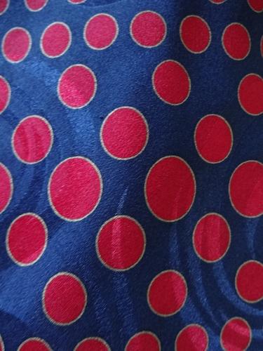 gravata  moda 100 % seda pura made in italy 2102