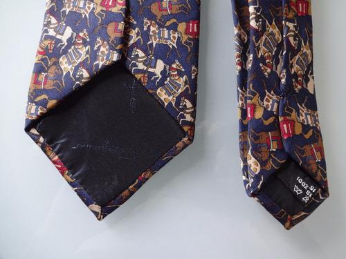 Gravata Salvatore Ferragamo 100 % Seda Made In Italy - R  499,00 em ... 96084d7003