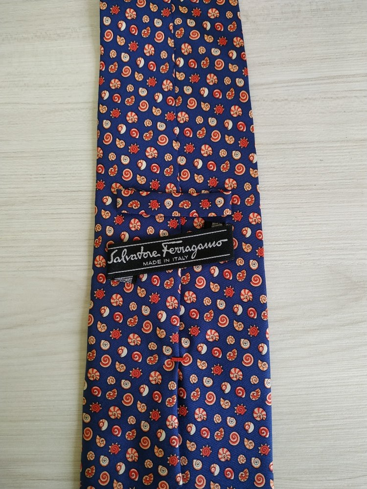 Gravata Salvatore Ferragamo Em Seda - R  650,00 em Mercado Livre 787e4b6190