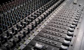 gravo comerciais produzidos para carros de som