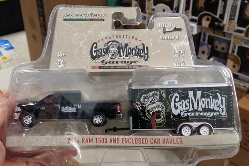 greenlight gas monkey hitch & tow ram 1500 1:64 envio gratis