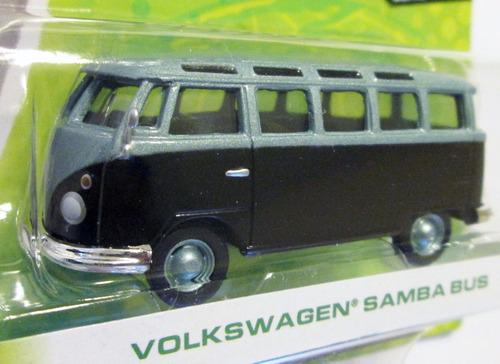 greenlight  - volkswagen - escala 1/64 - mide 6,5 cm.