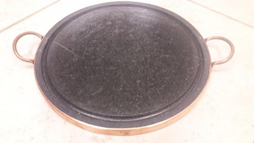 grelha em pedra-sabão de 32 cm - curada