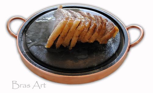 grelha para carne de pedra sabão 27 cm de diâmetro+ brinde