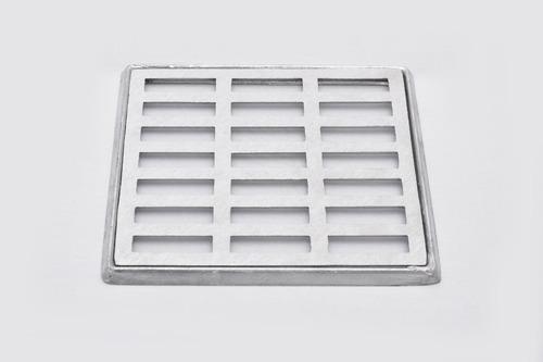 grelha pluvial 20x20 reta alumínio com suporte