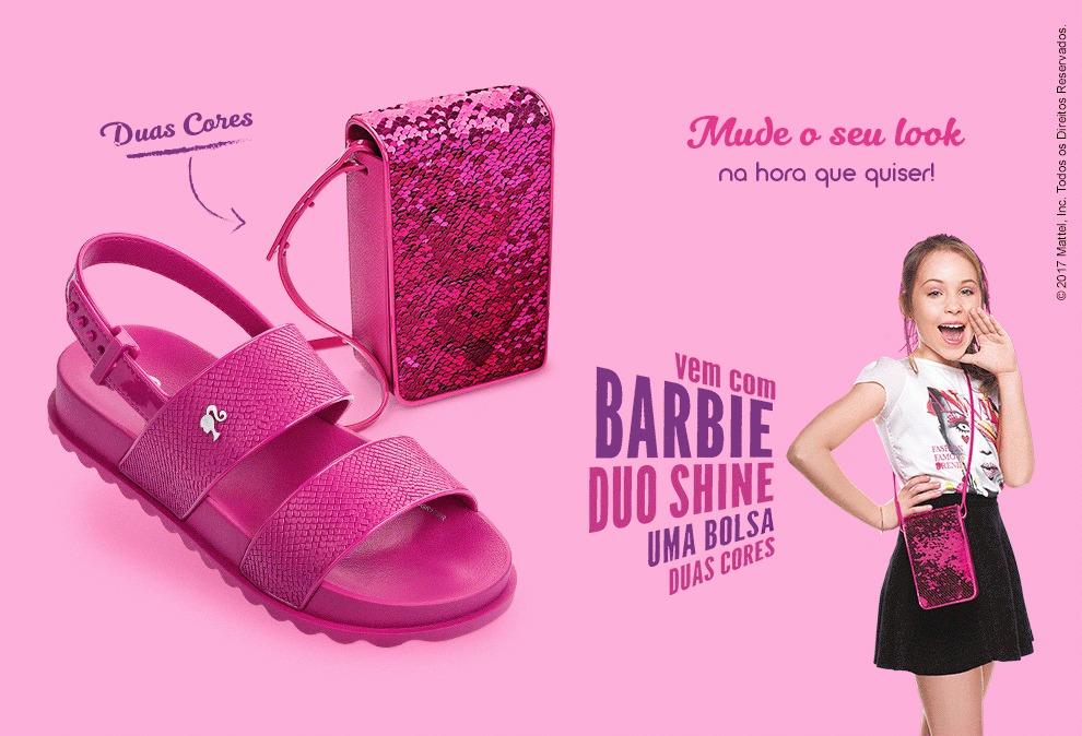 6125e92637 Sandália Infantil Grendene Barbie Duo Shine Com Bolsa 21632 - R  79 ...