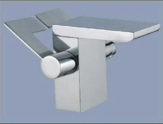 Griferia monomando para lavamanos modelo minimalista bs for Griferia para lavamanos