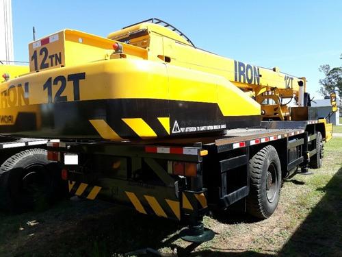 grua 12 toneladas xcmg sobre camion qy 12 tn