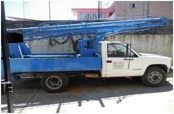 grua c3500 chevrolet, reforzada con winch carga 15 ton.