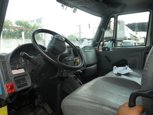 grua de canastilla marca altec en camion international 2003
