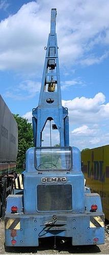 grua demag telescopica giratoria 9tn diesel giratoria