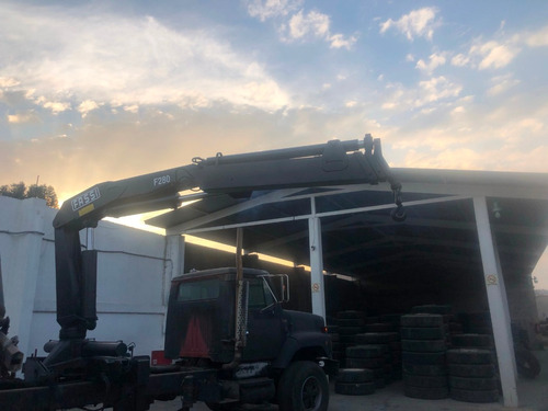 grua fassi f280.22 cap 9,500 kilos sin camion