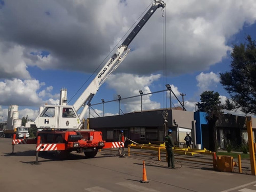grúa gottwald 25 ton certificada