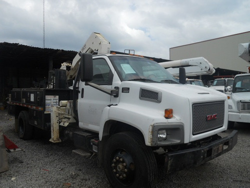 grua hiab de 6 y media tons en camion gmc 8500 año 2005