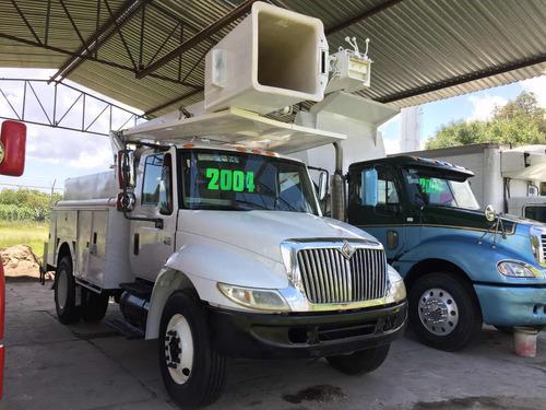 grua international 4200 2004