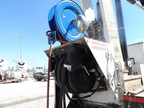 grua para mantenimiento de vias mod 7400 año 2010 # 1815