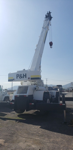 grua p&h omega 22 ton max,  105.5 pies largo