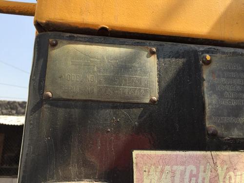 grua sobre camion marca american 60 toneladas