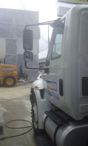 grua sobre camion plataforma